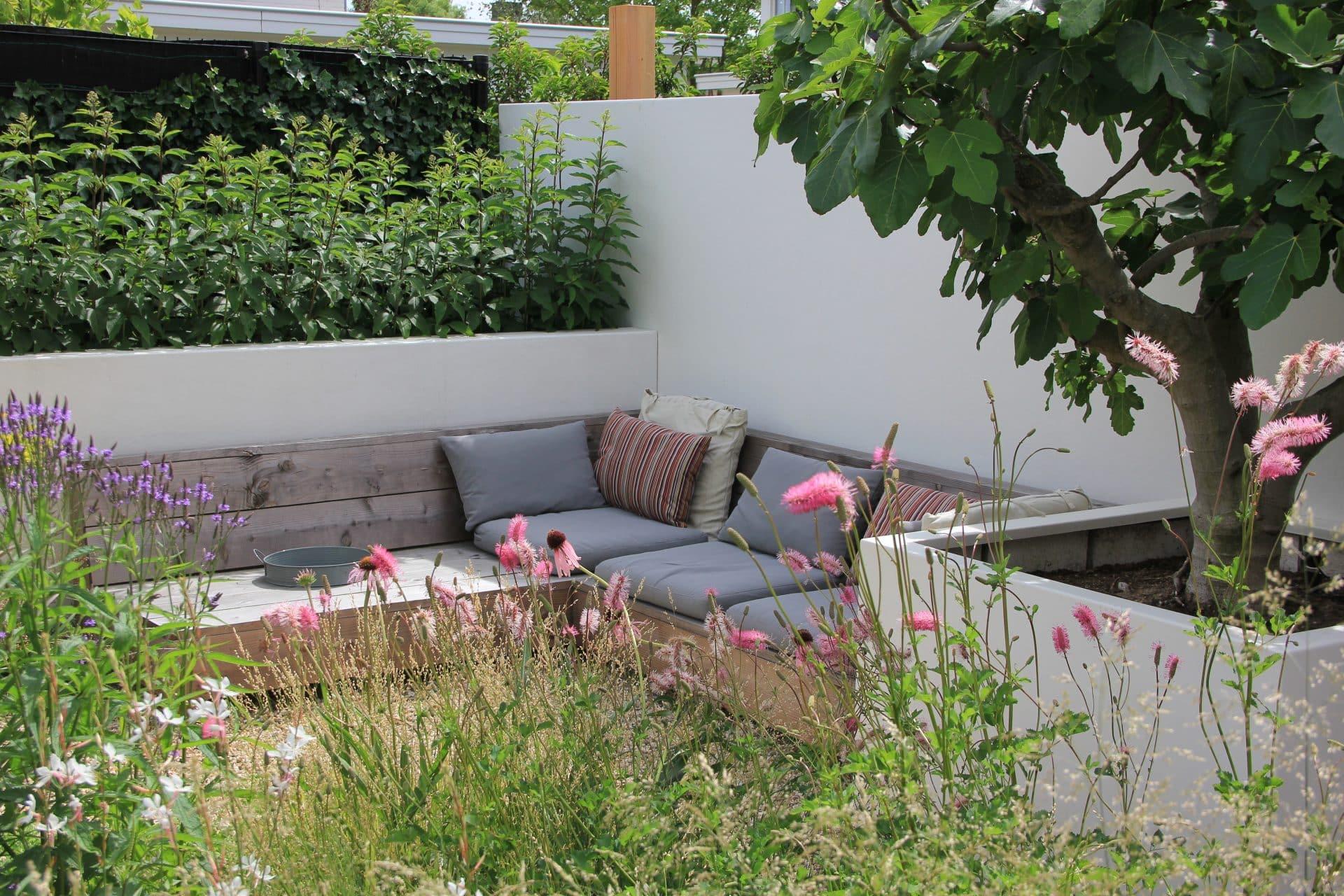 Loungebank bij vijg Houten Jeroen Hamers